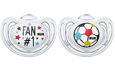 NUK 2er Pack Freestyle Fußball-Edition Ball Schnuller 6-18 Monate